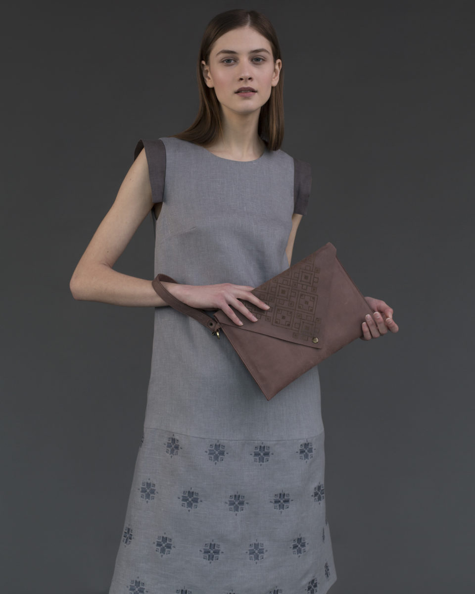 "Envelope clutch ""Geometry"" marsala"