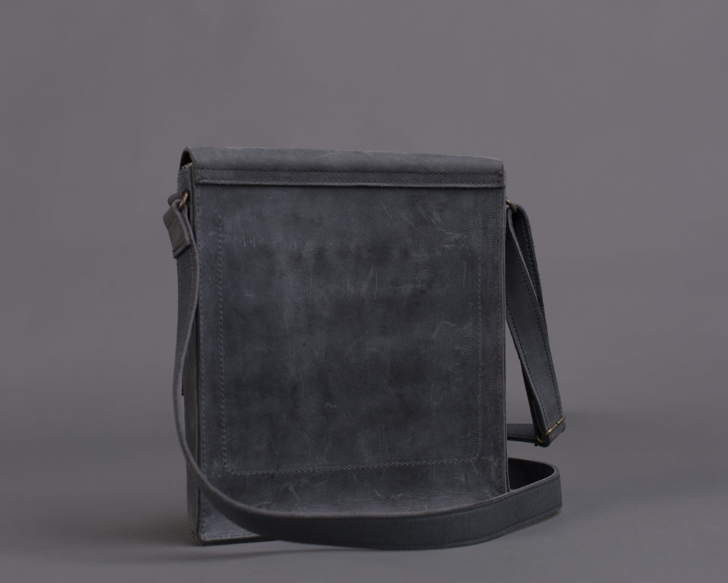 Bloom Rectangular Bag in Gray