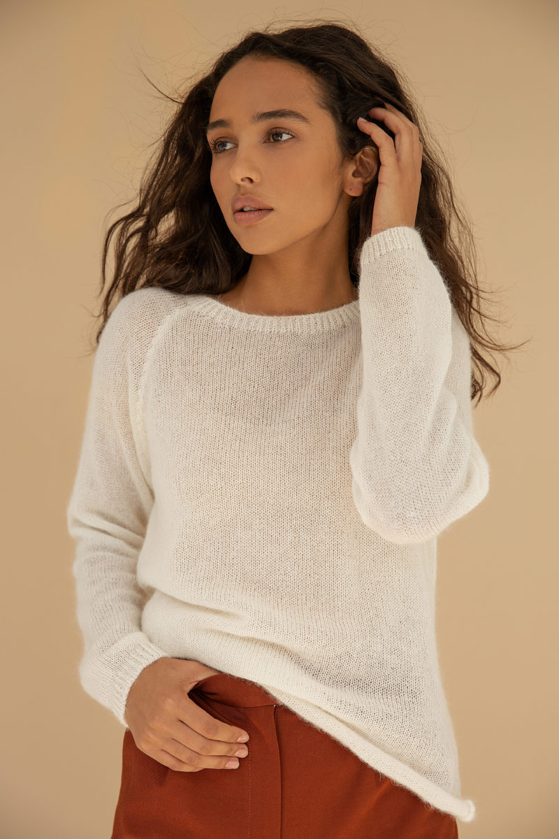 Soft sweater free silhouette